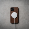 Nomad-MagSafe-rustic-brown_02