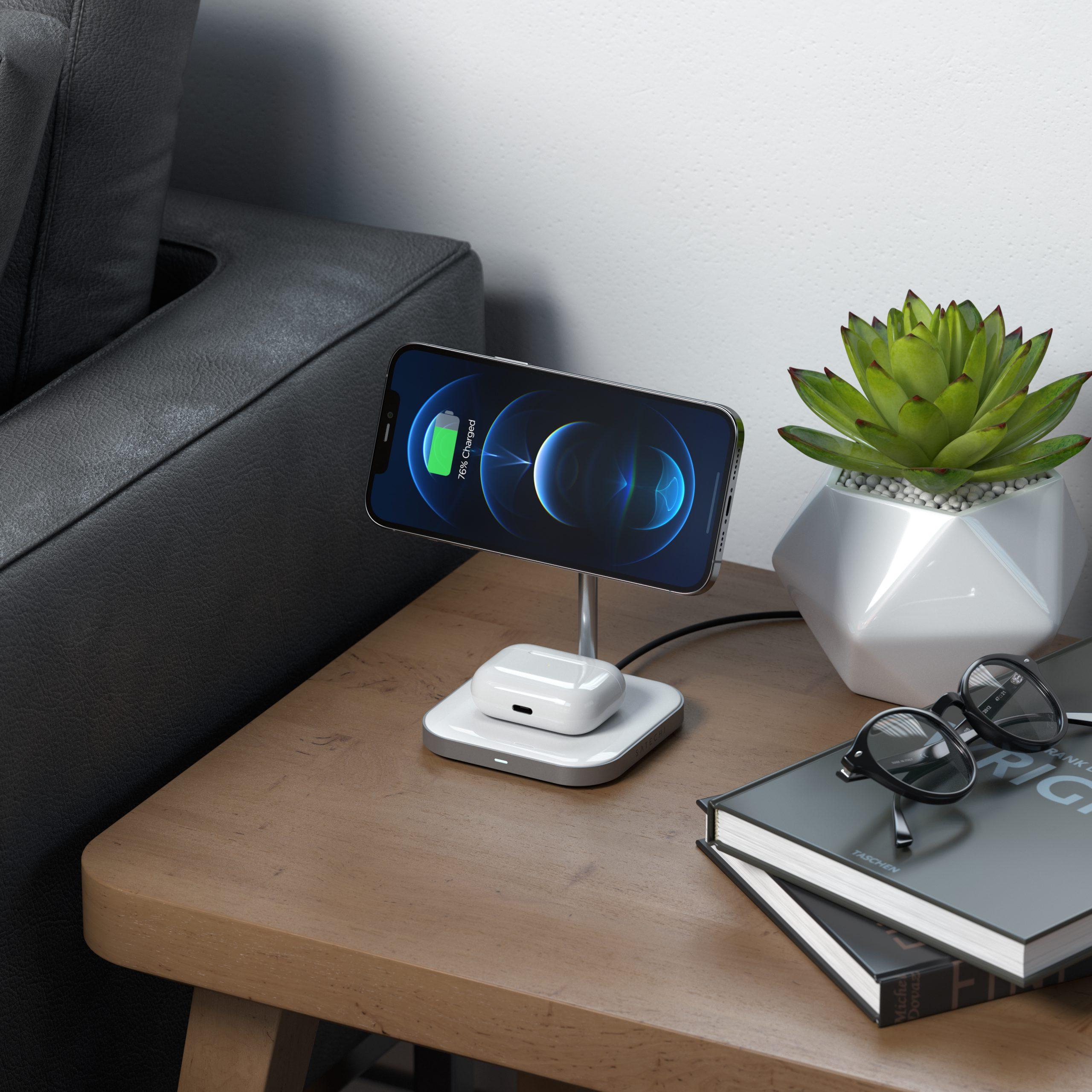 magnetic_2-in-1_wireless_charging_stand