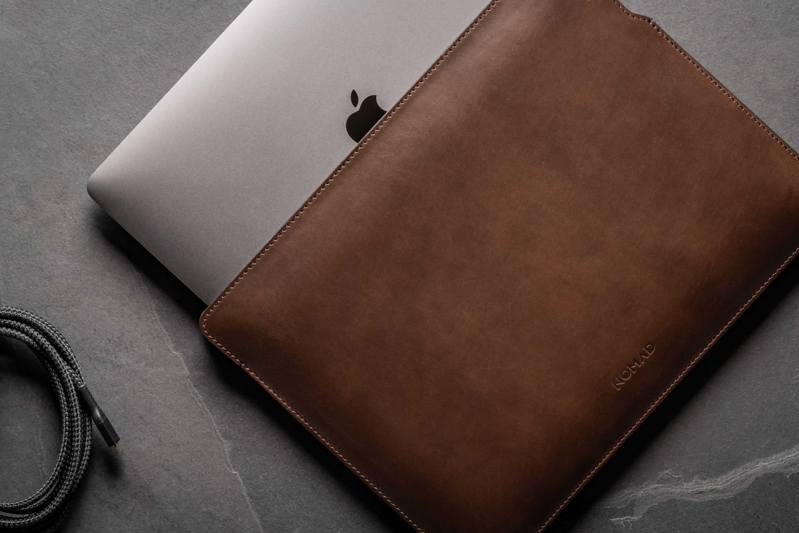 Nomad-MacBook-Sleeve-16-Inch