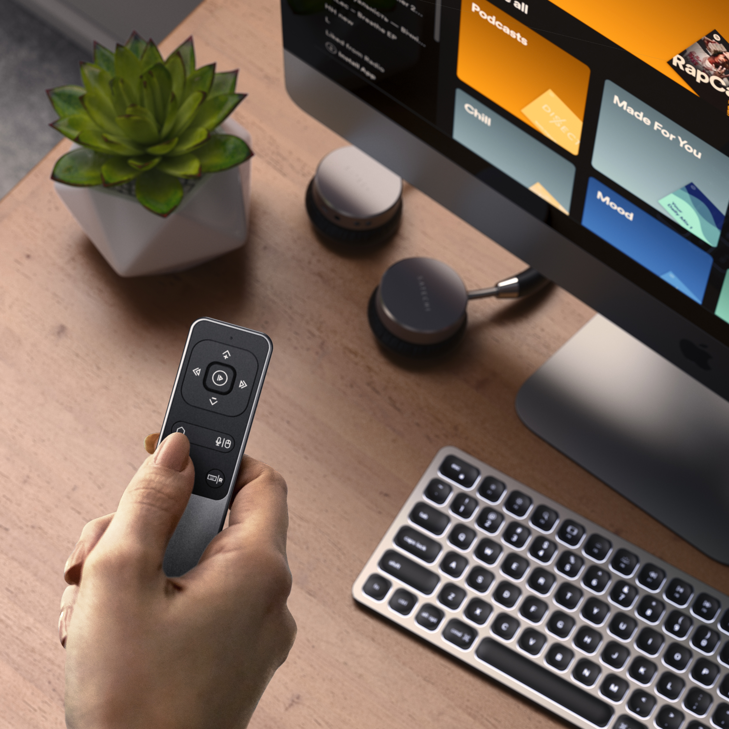 Satechi-R2-Bluetooth-Multimedia-Remote-Control